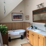 Pocono Bed and Breakfast Sunrise bath in gallery